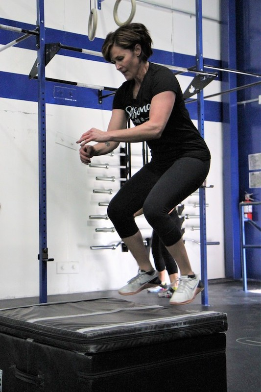 Content momstrong mothers day event   crossfit central aurora   may 2019   pic  6