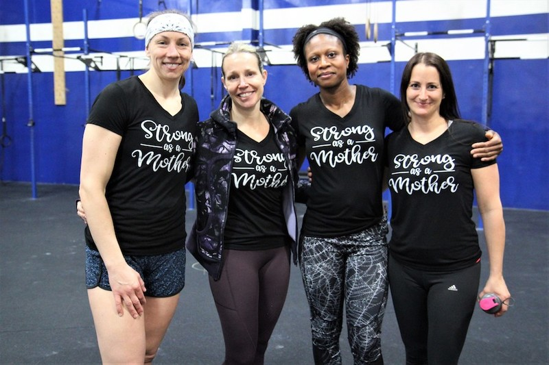 Content momstrong mothers day event   crossfit central aurora   may 2019   pic  25