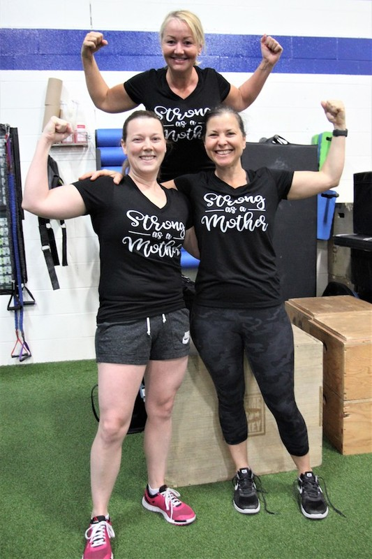 Content momstrong mothers day event   crossfit central aurora   may 2019   pic  20