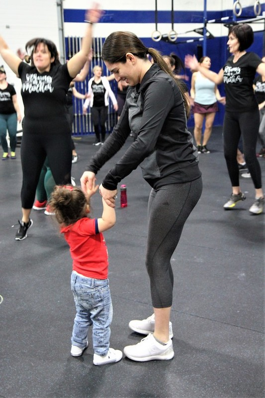 Content momstrong mothers day event   crossfit central aurora   may 2019   pic  37