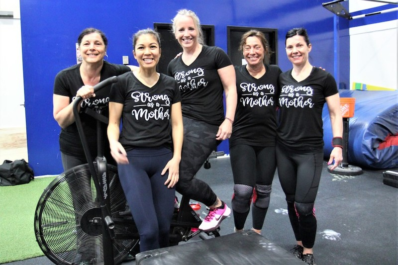 Content momstrong mothers day event   crossfit central aurora   may 2019   pic  45