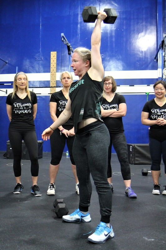 Content momstrong mothers day event   crossfit central aurora   may 2019   pic  46