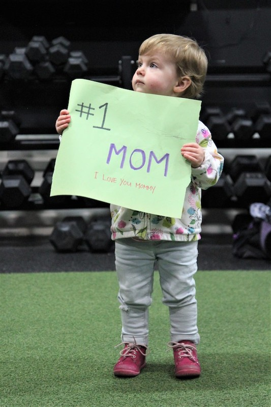 Content momstrong mothers day event   crossfit central aurora   may 2019   pic  56