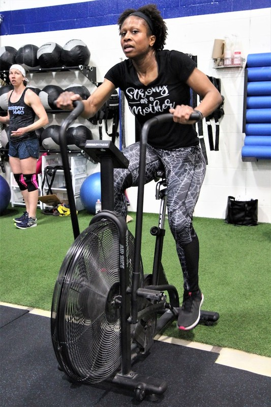 Content momstrong mothers day event   crossfit central aurora   may 2019   pic  62