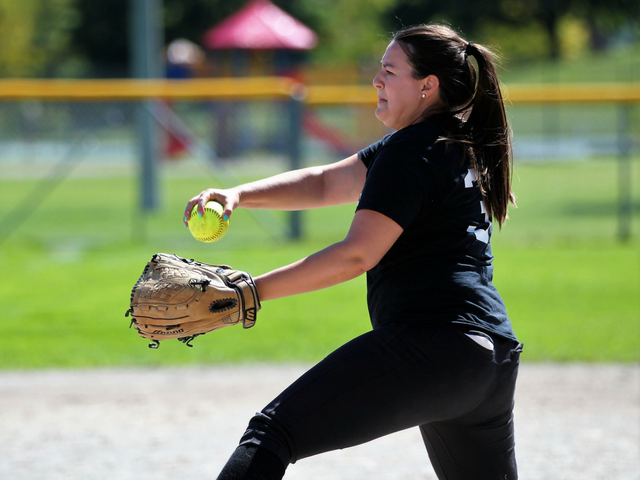 Thumb discover blog tile   640 x 480   softball   types of softball   may 2018 copy