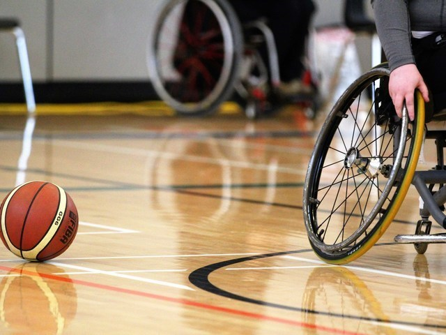 Thumb photo blog   wheelchair bball   compressed 2